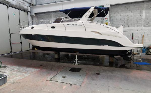 Mano' Marine 26.50 Cabin Cruiser